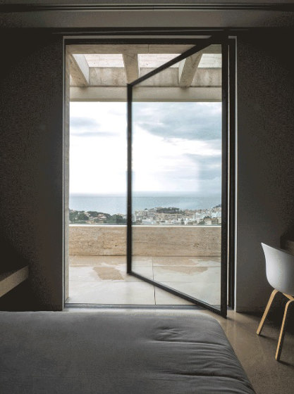 Pivot by OTIIMA | MUCH MORE THAN A WINDOW | Patio doors