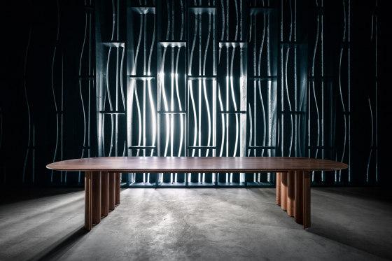 Curtain mit Halbkreis von Zeitraum | Esstische