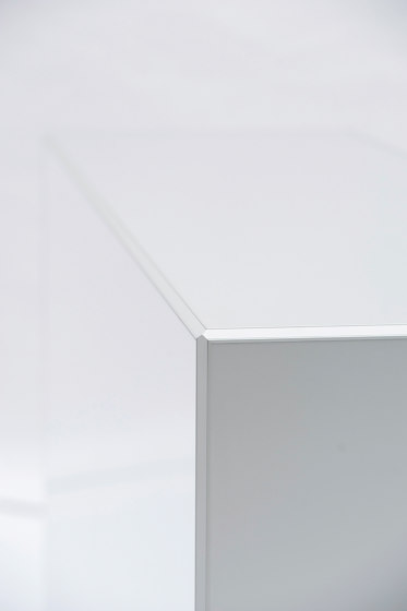 Counter and Cubes by MODULAP | Advertising displays