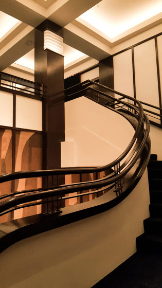 Elegance by Siller Treppen   Staircase systems