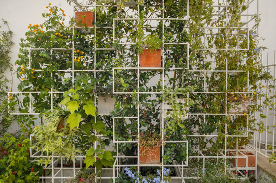 iPot Ad Hoc by ipot | Green facades