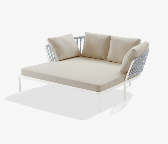Ria daybed by Fast | Day beds / Lounger
