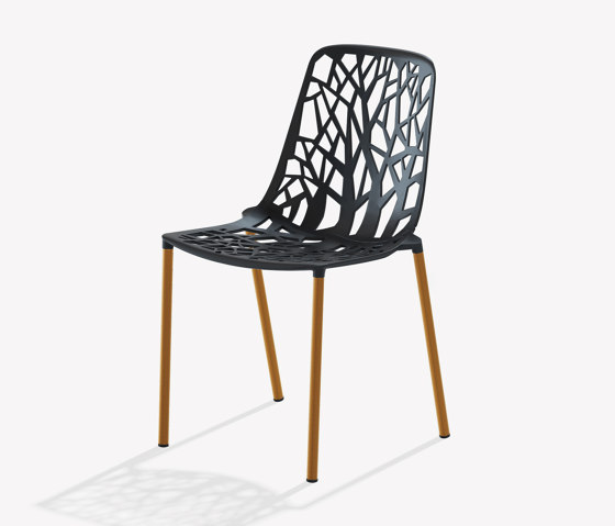 Forest chair with legs covered in Iroko by Fast | Chairs