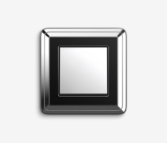 ClassiX | SwitchChrome black by Gira | Push-button switches