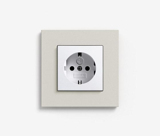 Esprit Linoleum-Plywood | Socket outlet Light grey by Gira | Schuko sockets