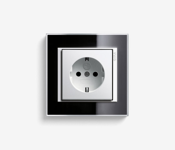 Event   Socket outlet Clear Black by Gira   Schuko sockets