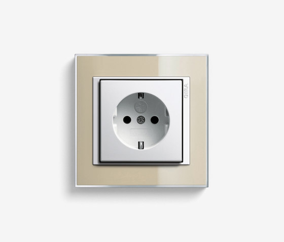 Event | Socket outlet Clear Sand by Gira | Schuko sockets