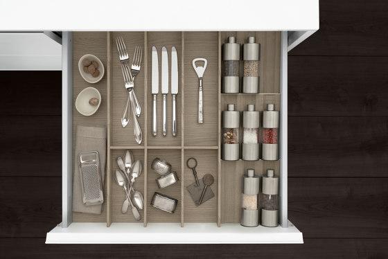 Interior | Java Oak by SieMatic | Kitchen organization