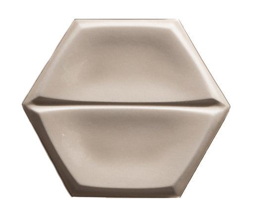 Magnolia Caramel by Settecento | Ceramic tiles