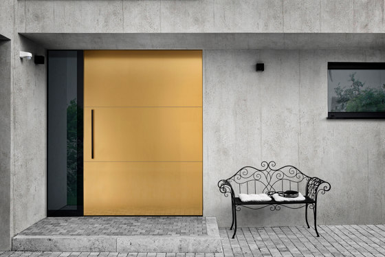 Modern front doors pivot doors CIRCUM by ComTür   Entrance doors