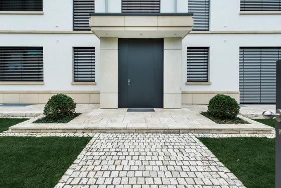 Modern front doors floor to ceiling doors COLOR by ComTür | Entrance doors