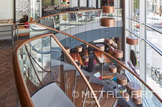 Extraordinary stringer stairs at Burgerlich in Hamburg by MetallArt Treppen | Staircase systems