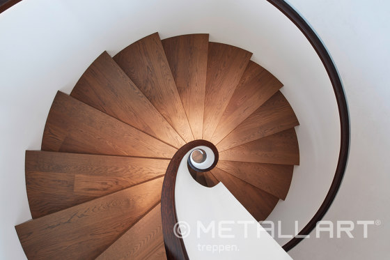 Sculptural stairs in the Hamburg hotel The Fontenay by MetallArt Treppen | Staircase systems