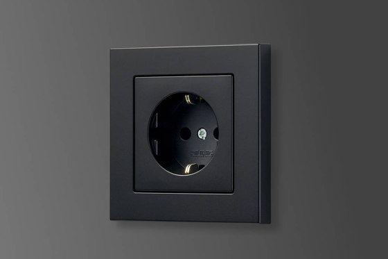 A 550 | SCHUKO socket matt graphite black by JUNG | Schuko sockets