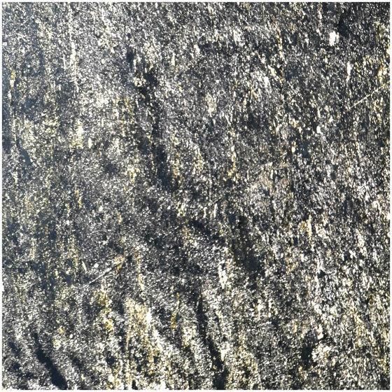 Translucent | Rubigo Grey by Slate Lite | Wall veneers