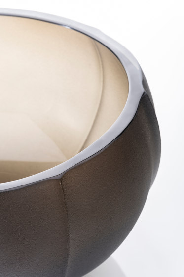 Linae - Medium Vase by Purho | Bowls