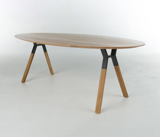 Remo by Bert Plantagie | Dining tables