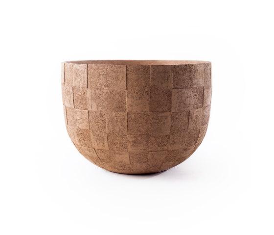 UM by Atelier Vierkant   Plant pots