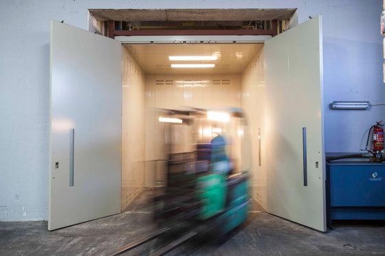Elevators | Atlas Super Gigas for Industrial Buildings by KLEEMANN | Passenger elevators