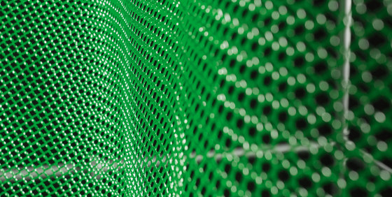 alphamesh 12.0 RAL6001 emerald green by alphamesh | Metal meshes