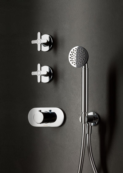 Icona Classic | 3/4'' built-in thermostatic shower mixer - 3/4'' stop valve - shower set by Fantini | Shower controls
