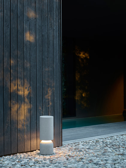 Nui by LUCEPLAN | Outdoor floor-mounted lights