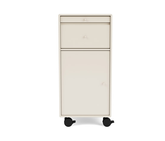 Montana CO16  Office Unit 1368 by Montana Furniture   Pedestals