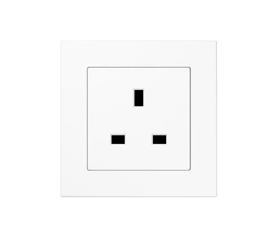 A 550 | British Standard white by JUNG | British sockets