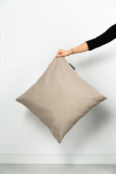 Badesofa Beige M by BADESOFA Interior Design | Cushions