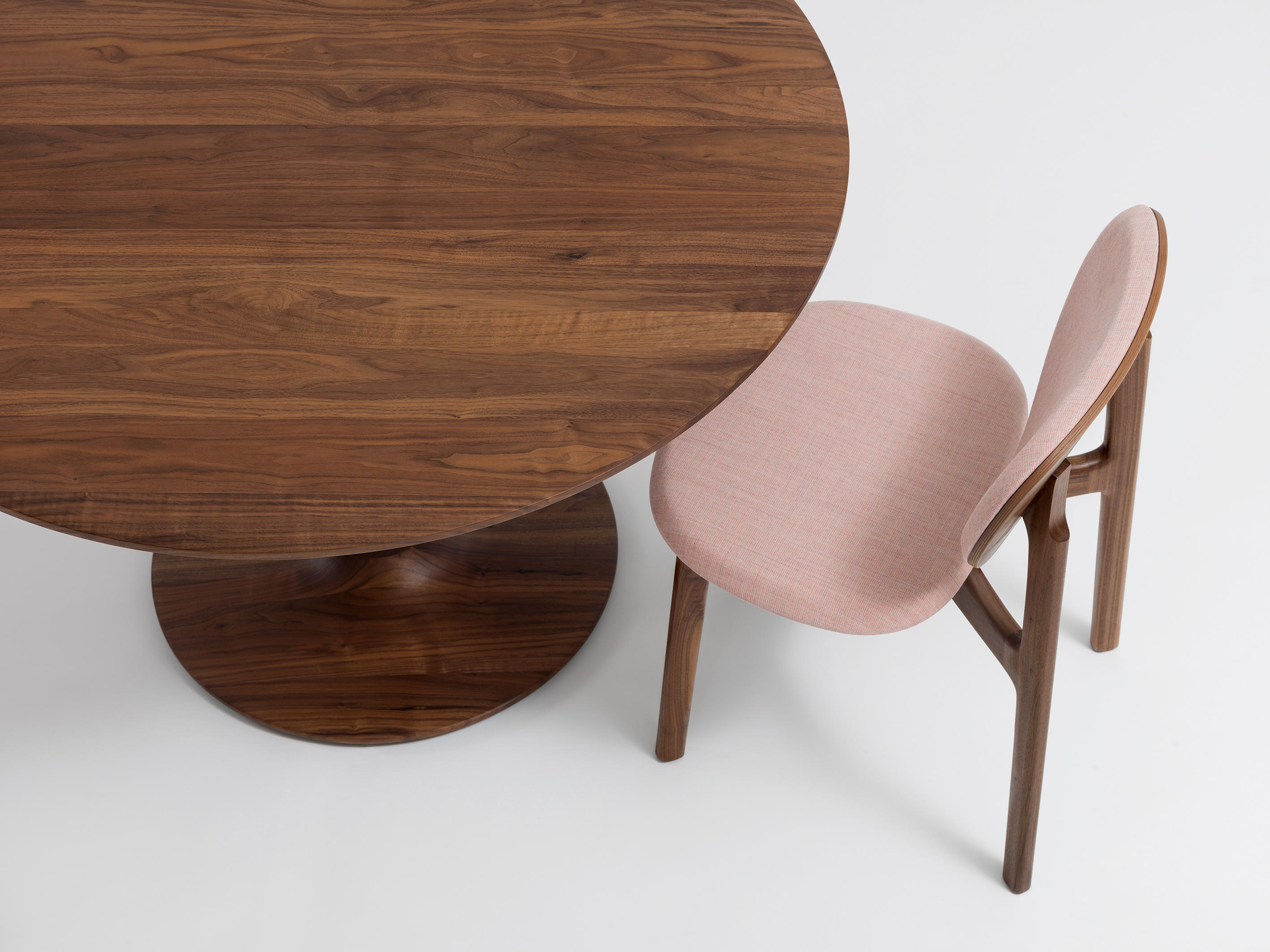 Turntable Dining Tables From Zeitraum Architonic