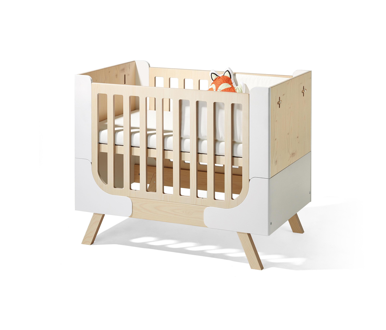 Famille Garage Children S Bed Kids Beds From Richard Lampert