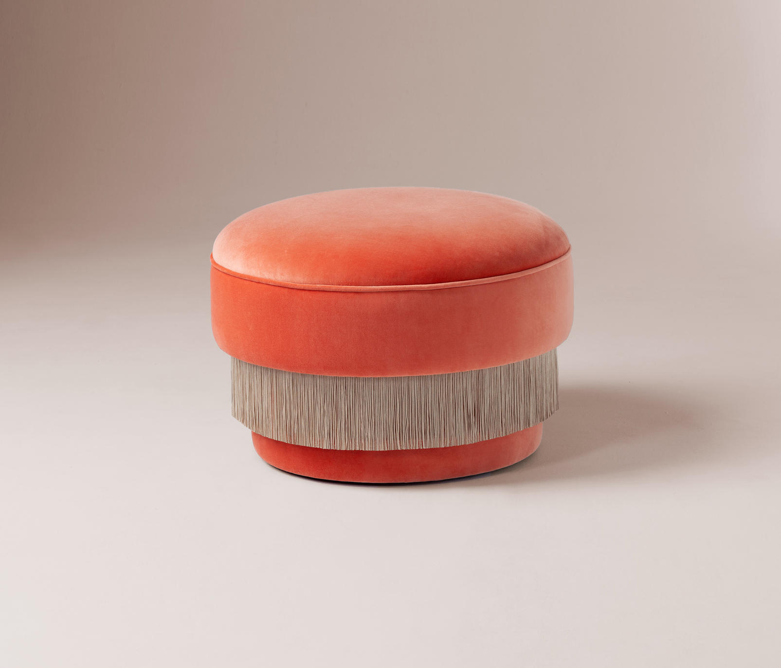 La Folie Puff Poufs From Dooq Architonic