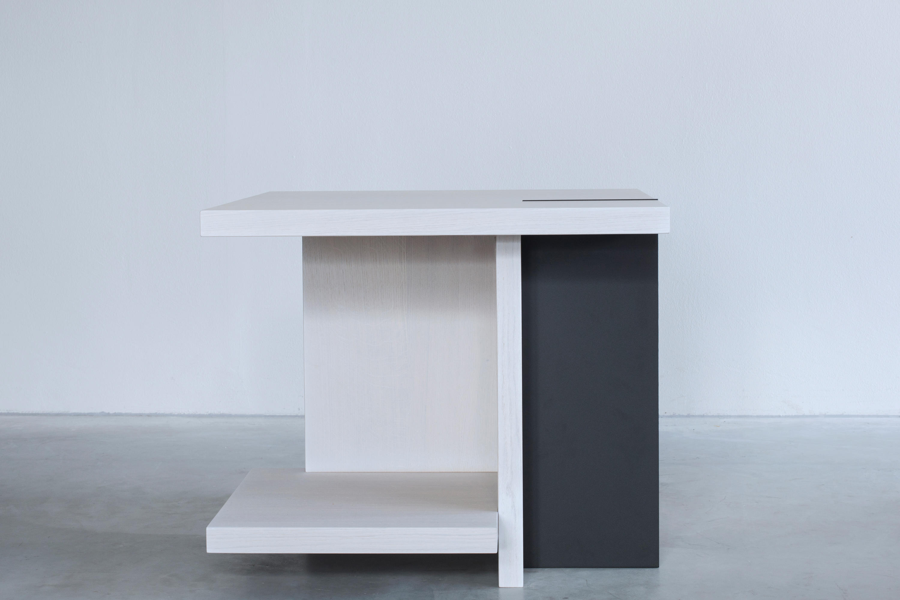 Eiken Sidetable Job.Stijl Side Table Side Tables From Van Rossum Architonic