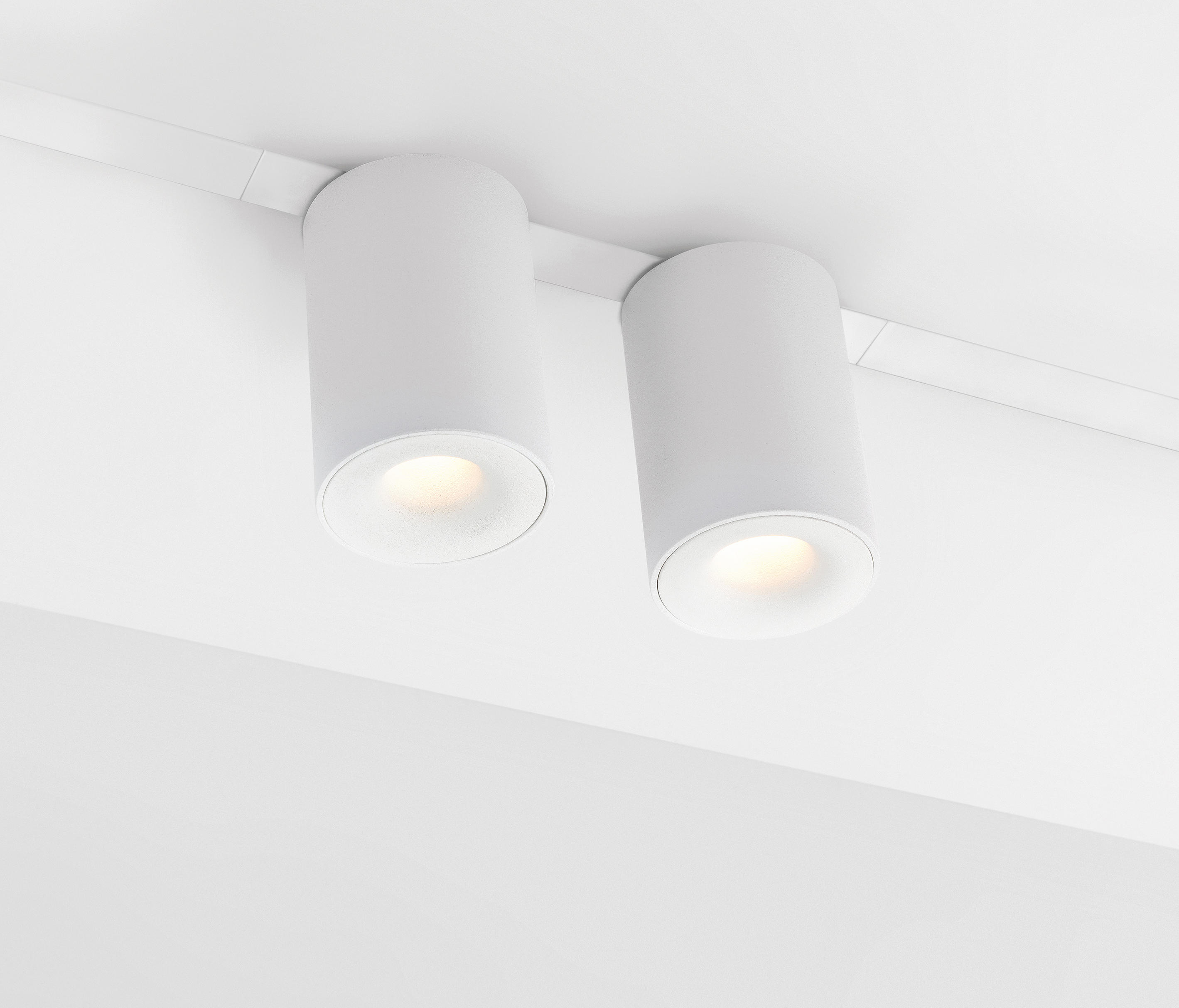 Pista smart 48 tubed surface track recessed ceiling lights from