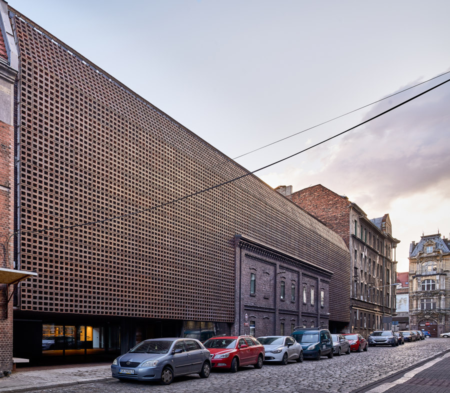 Pole dancing: POLISH ARCHITECTURE SHOWS OFF | News