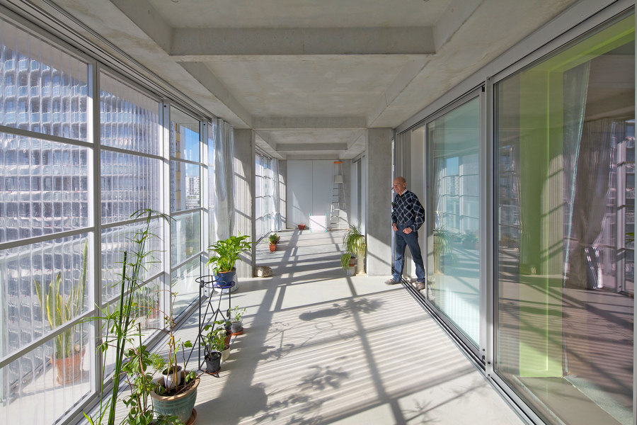 Translucency & Raw Materials: A Brief Analysis of Lacaton & Vassal's Solutions | News